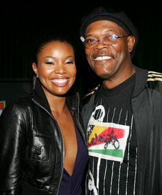 Gabrielle Union Photos Photos - Actress Gabrielle Union and actor Sameul L. Jackson pose backstage at the 2004 Spike TV Video Game Awards at Barker Hanger on December 14, 2004 in Santa Monica, California. - 2004 Spike TV Video Game Awards - Backstage