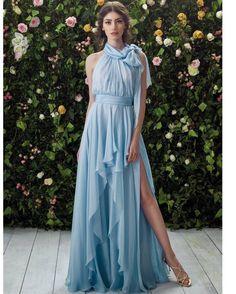Dalla collezione Blumarine 2017 una sposa in azzurro...scegliereste un colore diverso dal bianco per il vostro giorno?