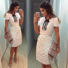 {Preto e Branco by @musebrasil } Saia plissada de poá com blusa de lacinho fofo! • #ootd #selfie #blogtrendalert