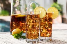 Every Southern family has a sweet tea recipe, and this one is ours. It's as Southern as a biscuit, great with any dish from apple pie to baked ziti, and should always be available in the fridge. Sweet Tea Recipes, Iced Tea Recipes, Drink Recipes, Paleo Recipes, Southern Sweet Tea, Southern Style, Fun Drinks, Yummy Drinks, Beverages