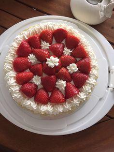Torten Mini Donuts, Push Up Cake, Cake Pops, Raspberry, Strawberry, Cupcakes, Fruit, Food, Pies