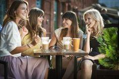 Astoria Romantica: Dzień Kobiet 2016  Zbliża się wielki dzień, wyjątkowy dzień, dzień wyjątkowy dla kobiet. Już chyba nikt nie ma wątpliwości, że chodzi o Dzień Kobiet. Więcej: http://astoria-romantica.pl/dzien-kobiet-2016