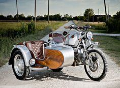ocgarage recently embarked on a BMW R100GS project featuring a wonderfully rich mahogany sidecar.