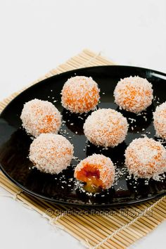 Impress your family and friends Impress your family with this easy-to-make sweet treat, with melted runny fillings.