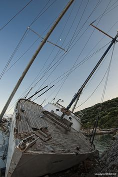 An old sailing ship resting at the little port of Agiokampos in Larisa prefecture.