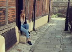 Leigh looks amazing in these vintage 501's over at http://www.foxandfeatherblog.com  Plenty to choose from at http://www.bragvintage.co.uk  #bragvintage #vintagejeans #levis