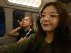 Kpop Girl Groups, Korean Girl Groups, Kpop Girls, Tumblr Bff, Sana Momo, Soyeon, Great Memories, Girls In Love, K Idols