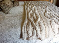 Chunk cable knit blanket the best!