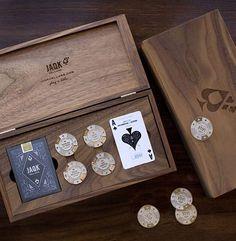 Advertisement 海外デザインブログGoMediaZine.comで、あまり見かけないユニークな商品パッケージデザインを50個まとめたエントリー「50+ Inspiring Packaging D …