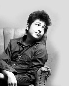 Great photo of Dylan.  I came to this crush later in life, then I fell hard.