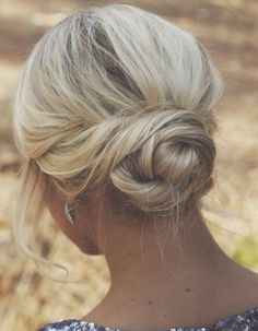 Low Blonde Bun - Hairstyles and Beauty Tips. Such a pretty style. Wedding Hair And Makeup, Hair Makeup, Hair Wedding, Hairstyle Wedding, Wedding Dresses, Makeup Hairstyle, Wedding Guest Hairstyles Long, Wedding Up Do, Winter Wedding Hair