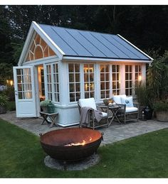 Love this for a pool house! Love this for a pool house! Greenhouse Shed, Small Greenhouse, Greenhouse Gardening, Window Greenhouse, Pallet Greenhouse, Small Gazebo, Greenhouse Wedding, Outdoor Rooms, Outdoor Gardens
