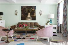 Mint Green walls, pastel pink chairs, a punchy rug and cool wall art makes this living room stand out! Mint Living Rooms, Mint Rooms, Living Room Green, My Living Room, Green Rooms, Mint Green Decor, Mint Green Walls, Green Decoration, Room Paint Colors