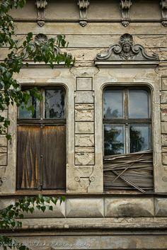 Old Potsdam Mansion by viwehei, via Flickr