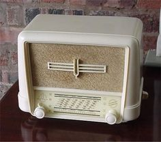 Thomson Bakelite Radio
