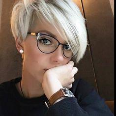Волосы — основное украшение девушки или женщины. Но в поисках новых причесок, экспериментируя, иногда девушкам хочется расстаться с длинными локонами и примерить на себя новый образ. Чаще всего к вост...
