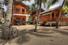 The Green Rooms, Weligama