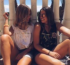 black and gold | Alpha Chi Omega | Made by University Tees | universitytees.com