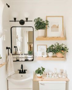 Who loves a good BEFORE & AFTER? This tiny bathroom refresh was so much fun to do earlier this year. It's amazing what a fresh coat of… Decor, Home Decor Inspiration, Aesthetic Room Decor, Interior, Home Decor, House Interior, Apartment Decor, Aesthetic Rooms, Bathroom Decor