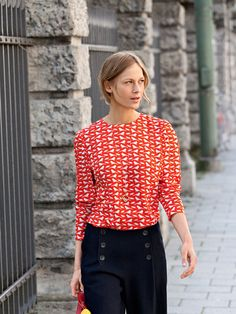 Printed Blouse 08/2012 - want to make this, hope it comes out