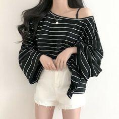 Korean Outfit Street Styles, Korean Fashion Dress, Korean Outfits, Cute Skirt Outfits, Girl Outfits, Fashion Outfits, Black Casual Outfits, Aesthetic Clothes, Beautiful Outfits