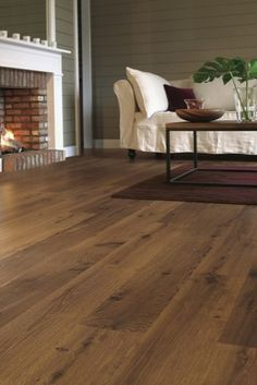 Old white oak laminate flooring from Quickstep