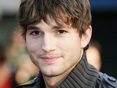 Ashton Kutcher amigos con derechos