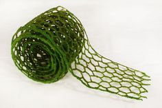 """Moss Net Artificial Faux 4"""" x 6 Feet Wire Floral Green Craft Fence Easter Spring"""
