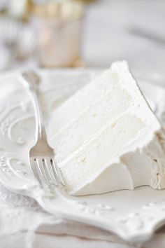 White Velvet Cake with Vanilla Buttercream - Curly Girl Kitchen Delicious Cake Recipes, Yummy Cakes, Sweet Recipes, Yummy Food, Köstliche Desserts, Dessert Recipes, White Velvet Cakes, Gateaux Cake, Vanilla Buttercream