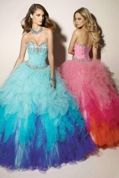 Beautiful strapless dresses to wear at your quinceanera.