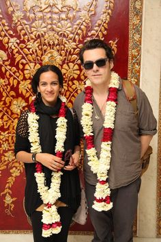 #ThrowbackThursday! Anoushka Shankar with Joe Wright welcomes with garlands at the Taj Mahal Hotel, New Delhi. #Sitar #Musician #Indian #Luxury #LuxuryHotels #TajMahalHotel #TajMansingh #TajHotels #Celebrity #AnoushkaShankar