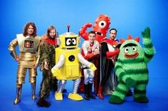 the killers with yo gabba gabba. this is perfect Keen V, Florent Mothe, Christophe Mae, The Killers, Killing Me Softly, Yo Gabba Gabba, Mozart, Brandon Flowers, You Meme