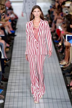Stripes - Tommy Hilfiger  Photo: Alessandro Lucioni