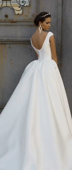 62cf805d7037fc2 одежда: лучшие изображения (9) | Party fashion, Beautiful dresses и ...