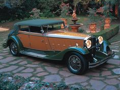 1932 Maybach – Zeppelin DS Sedan at The – En Güncel Araba Resimleri Retro Cars, Vintage Cars, Antique Cars, Vintage Ideas, Classic Motors, Classic Cars, Mercedes Benz Maybach, Maybach Car, Cabriolet