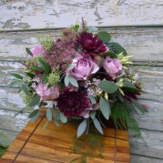 Farmgate Floral Design - Bouquets - Beautiful and creative flower arrangements for weddings, private homes, churches, funerals, parties, corporate functions and events. We combine a bespoke service with the right colour, style and design for you.