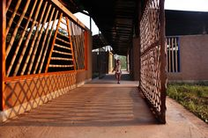Kwel Kah Baung Migrant Learning Center, Mae Sot, TH (2014) Lucia Rocchelli, Albert Olmo-Company & Jan Glasmeier as a.gor.a architects  Image: Abel Echavarria