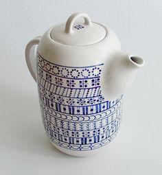 modranska - detail produktu Chocolate Pots, Chocolate Coffee, How To Make Tea, Tea Pots, Pottery, Tableware, Dining Room, Detail, Home Decor