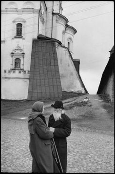 Henri Cartier-Bresson // SOVIET UNION. Russia. Pskov. 1973. After mass, near the cathedral.