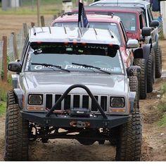 The #JeepEnd is here www.jeepbeef.com @rockcrawlerxj __________ #jeepbeef #jeep…
