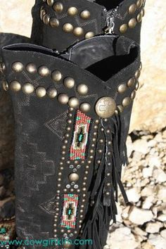 """Brands :: Double D Ranch :: DOUBLE D RANCH~LANE JAW DROPPING """" WARRIOR DREAMS"""" BEADED BOOTS! - Native American Jewelry