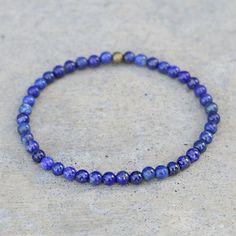 Chakra Jewelry, Yoga Jewelry, Making Bracelets With Beads, Beaded Bracelets, Lapis Lazuli Bracelet, Diffuser Jewelry, Morality, Essential Oil Diffuser, Deep Blue