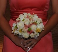 bridesmaid bouquet @celebrationsbycyncie