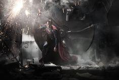 MAN OF STEEL - Movie Trailer, Photos, Synopsis