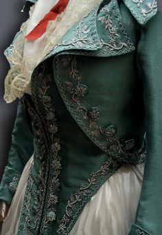 Reine de Centfeuilles:  1790s embroidered jacket and waistcoat
