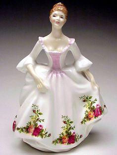 Royal Doulton Royal Albert Old Country Roses HN3221 Lady Figurine Made n England #RoyalDoulton