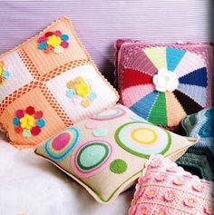 A M y M A: Miren estos almohadones.