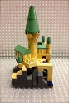 LEGO Harry Potter© Hogwarts© Castle Mini Model: A LEGO® creation by Jeremiah Boehr : MOCpages.com