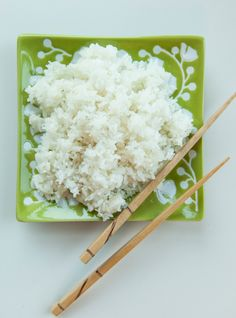 Recipes : Geneviève Everell's Basic Sushi Rice Sushi Rice Recipes, Watermelon Recipes, Chicken Sushi, Ricardo Recipe, Poke Bowl, Oriental Food, Gluten Free Rice, Kinds Of Salad, Rice Vinegar