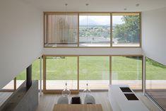 Haus DB Klaus — ARCHITEKTUR Jürgen Hagspiel Concrete Wood, House On A Hill, Villa, Windows, Modern, Architecture, Interior, House Ideas, Houses